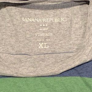 Banana Republic Shirts - Banana Republic T-Shirt
